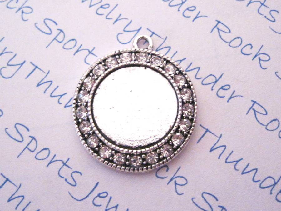 Antique Silver Plated Round Pendant Blank with Bezel & Glass Cab