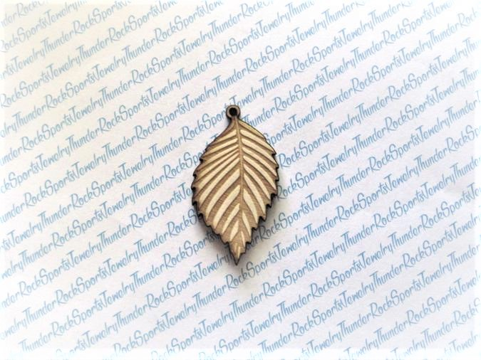 6 Leaf Wood Pendants